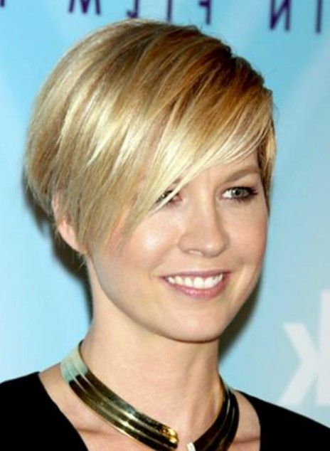 short layered wedge hairstyles | Layered Short Wedge Hairstyle for Women |  Styles Weekly - Short Layered Wedge Hairstyles Layered Short Wedge Hairstyle For