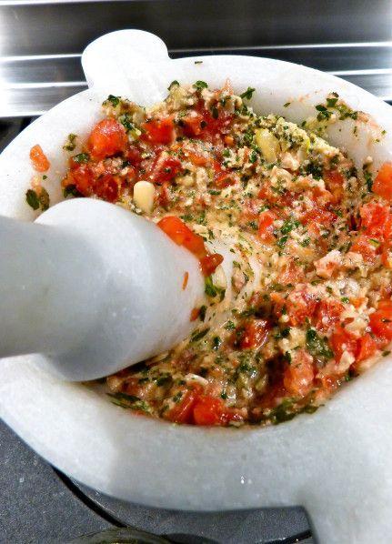 Pesto-alla-trapanese