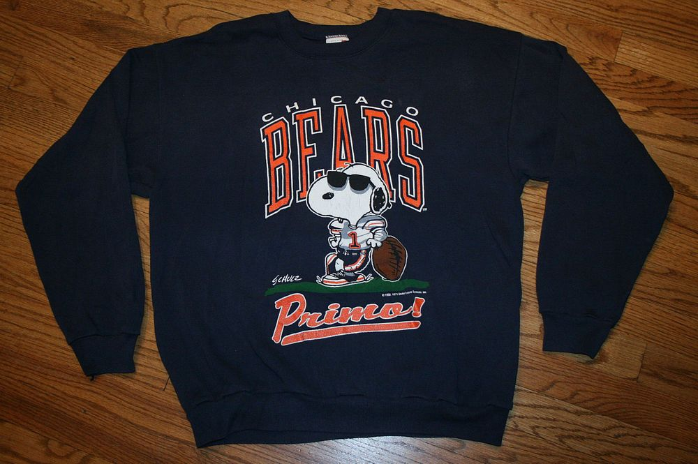 94bf0d070318 Vintage Chicago Bears Snoopy Primo Sweatshirt Men's Large/Peanuts/old  school #Artex #ChicagoBears