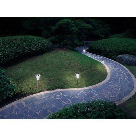 This Set Of Led Solar Ed Landscape Lights Are Ideal