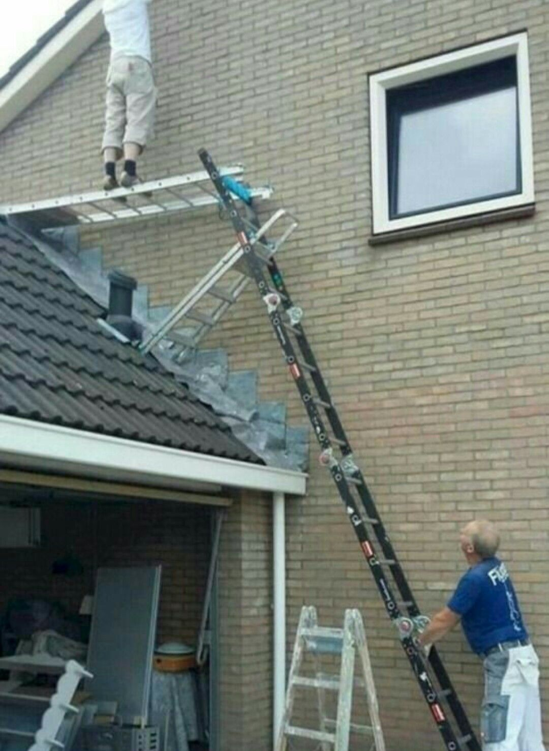Pin By Integro Roofing On What Could Possibly Go Wrong Roofing Humor Funny