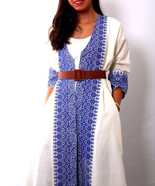 هذا البشت إلي أمس شريته من المعرض الرابط White Expo بنت خالتي خذت نفسي و ا Palestinian Embroidery Dress Embroidery Fashion Detail Embroidery Dress Wedding