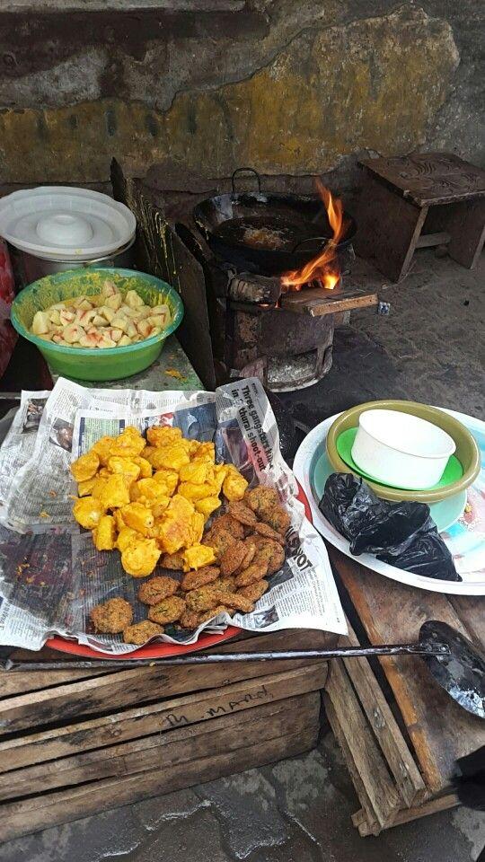 Brilliant Viazi Bajia Kibokoni Mombasa Things Cheese Mombasa Food Home Interior And Landscaping Analalmasignezvosmurscom