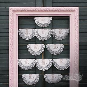 platzanweiser lovely rose ein sehr hochwertiger alter stuck bilderrahmen in einem traumhaften. Black Bedroom Furniture Sets. Home Design Ideas