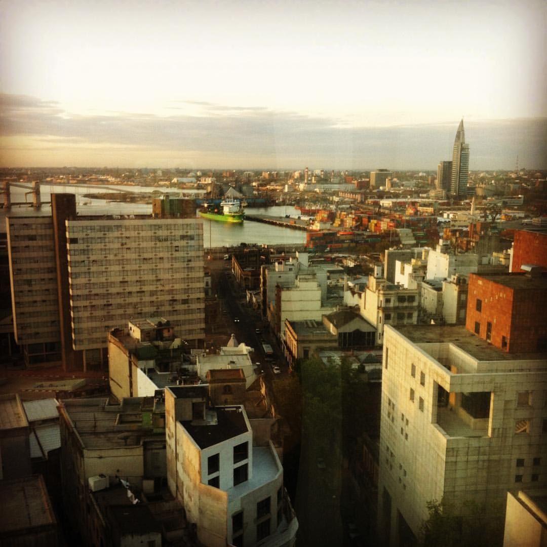 Puerto y Torre de Antel. Montevideo