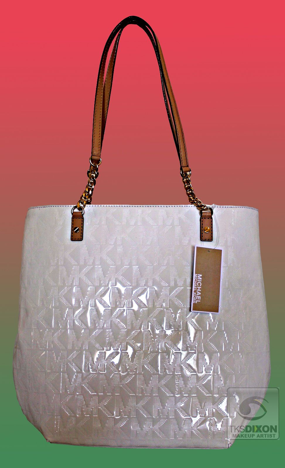 TKSDeal OF THE WEEK: This Michael Kors jet set white tote bag with mirror metallic monogram is at TJ Maxx for $129.99. Perfect for everyday use and will also be perfect for a beach outing this summer. Do you like? Like on https://www.facebook.com/tksdixon