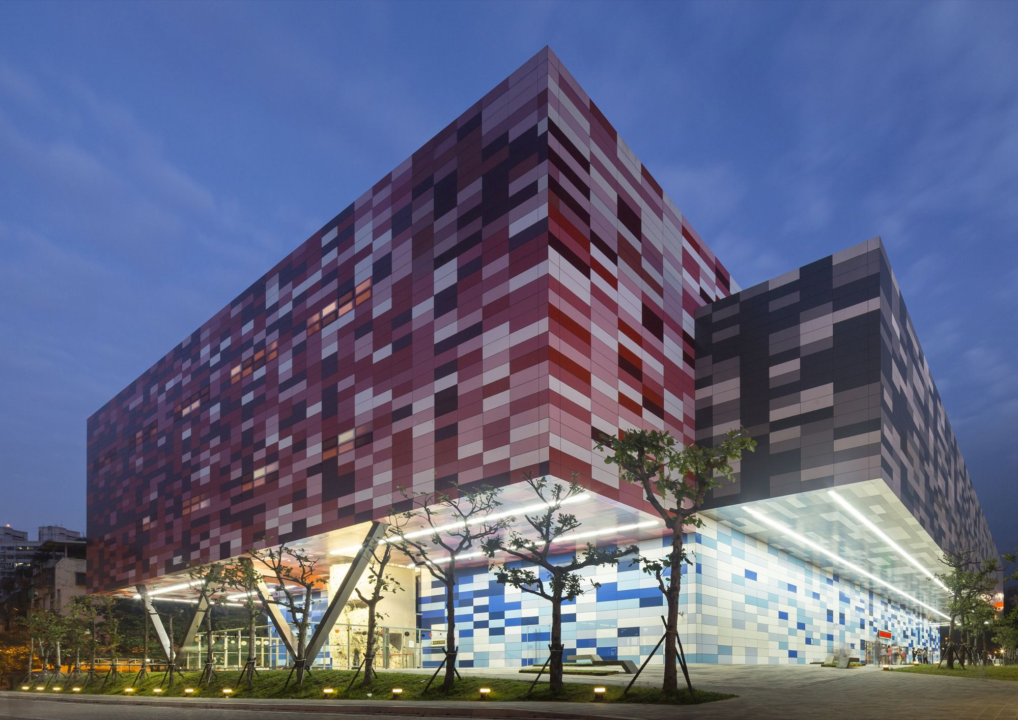 Centro Deportivo Tucheng  / Q-Lab