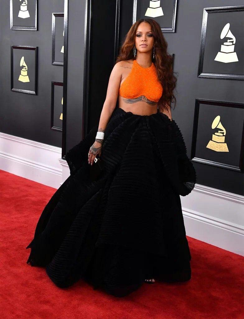 RIHANNA 2017 Grammys | Rihanna Red Carpet | Pinterest ...