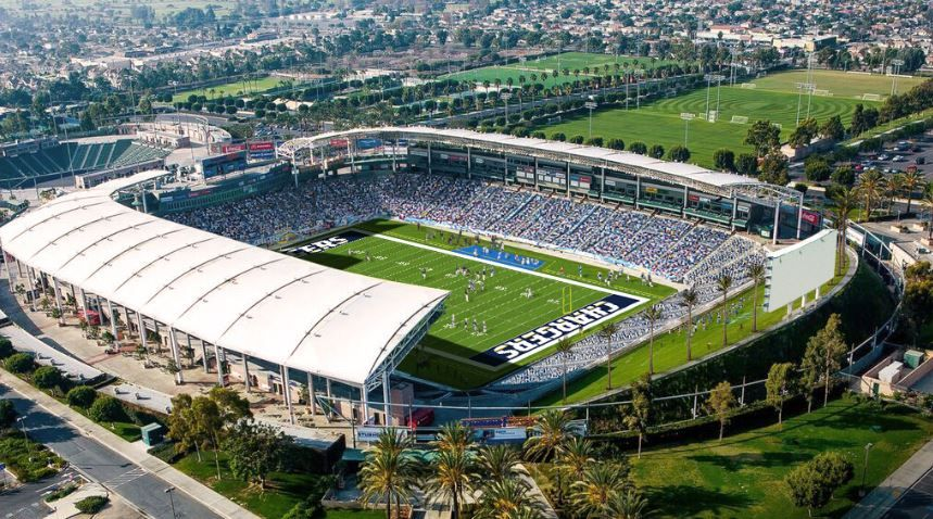 2017 Los Angeles Chargers Preseason Schedule Includes Battle For L A Vs Rams Los Angeles Chargers Blog Los Angeles Chargers Preseason Schedule Los Angeles Rams