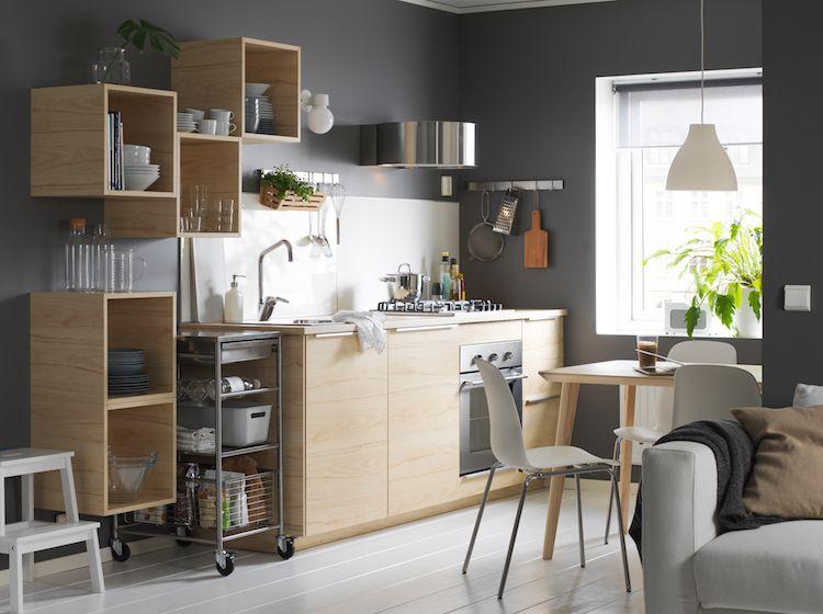 ide cuisine blanche et bois clair ikea pour petit espace