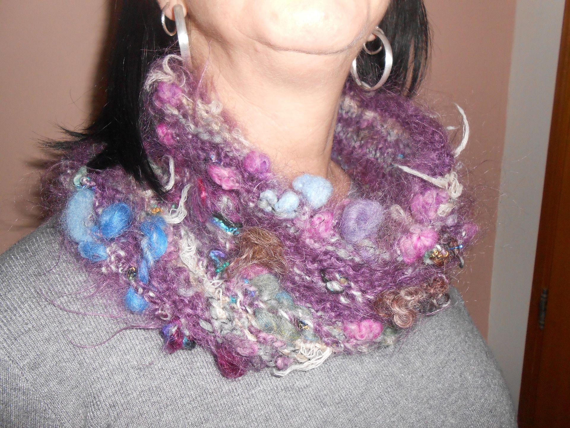 40bc479dfbc Col snood en laine filée main et laine fantaisie   Echarpe