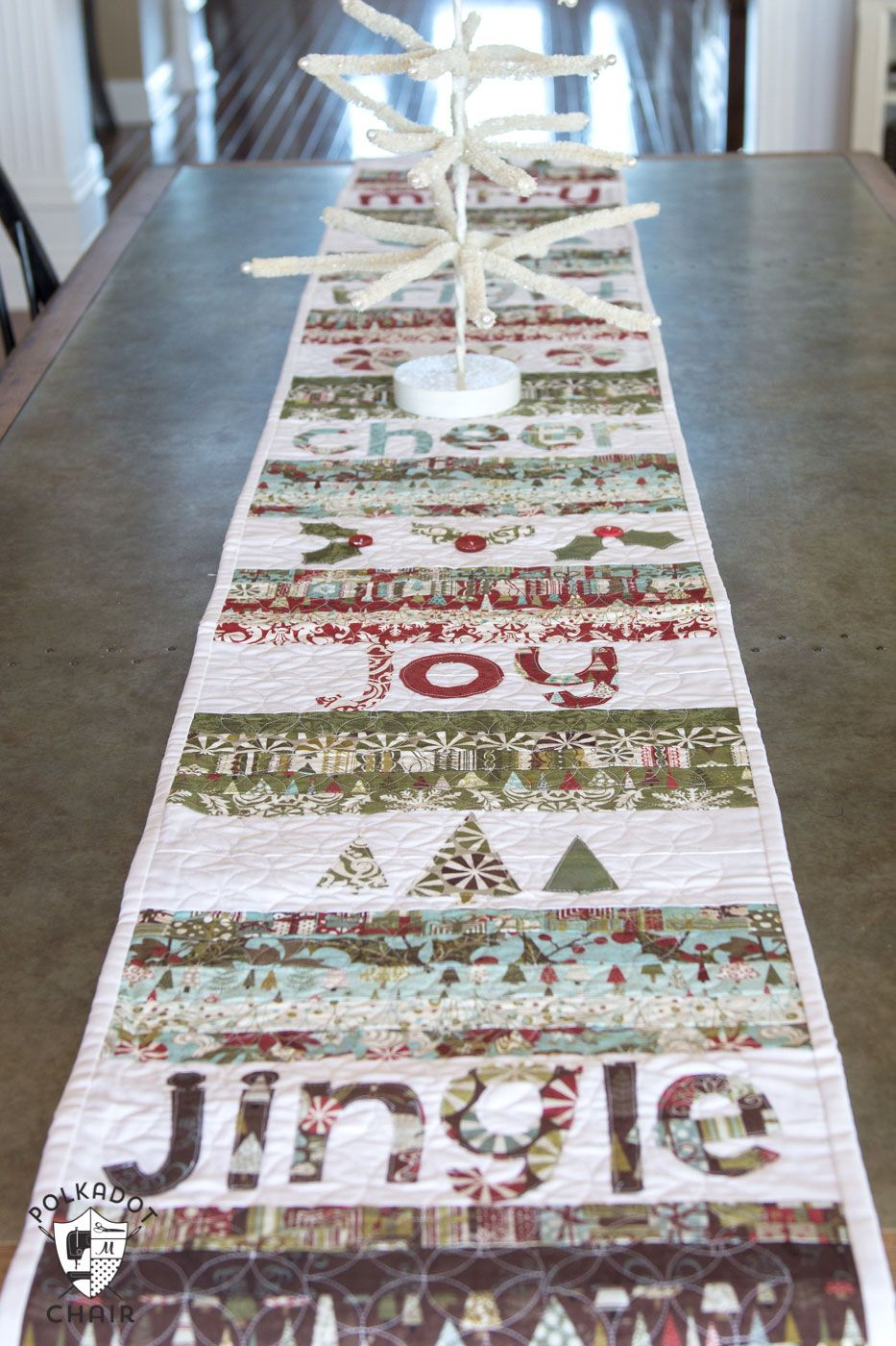 Merry & Cheer Quilted Christmas Table Runner Pattern | Sewing ...