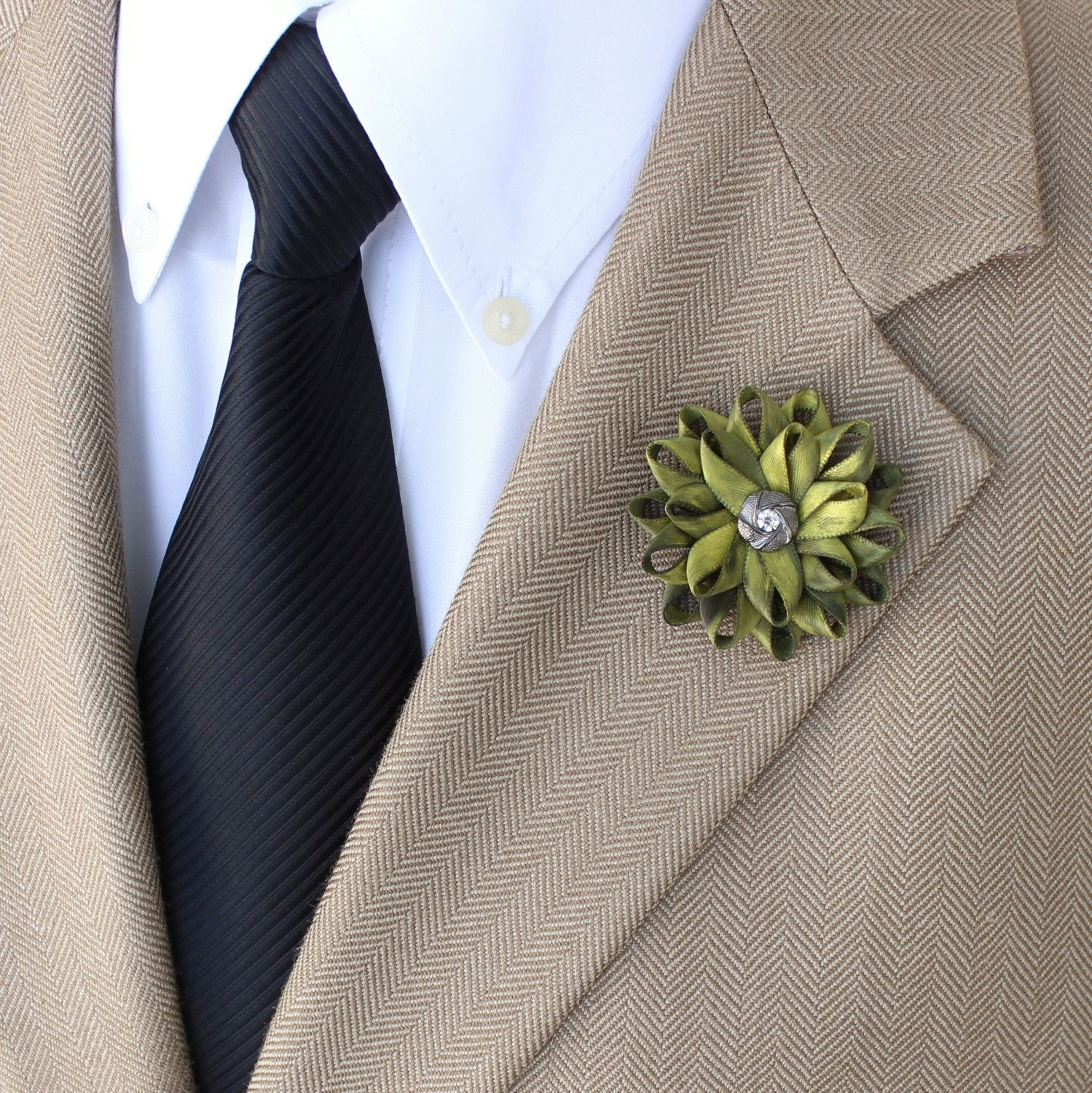 Mens Fashion Mens Gifts Mens Lapel Pin Handmade Lapel Flower for Men Mens Flower Pin Flower Lapel Pin for Men Unique Gift for Him