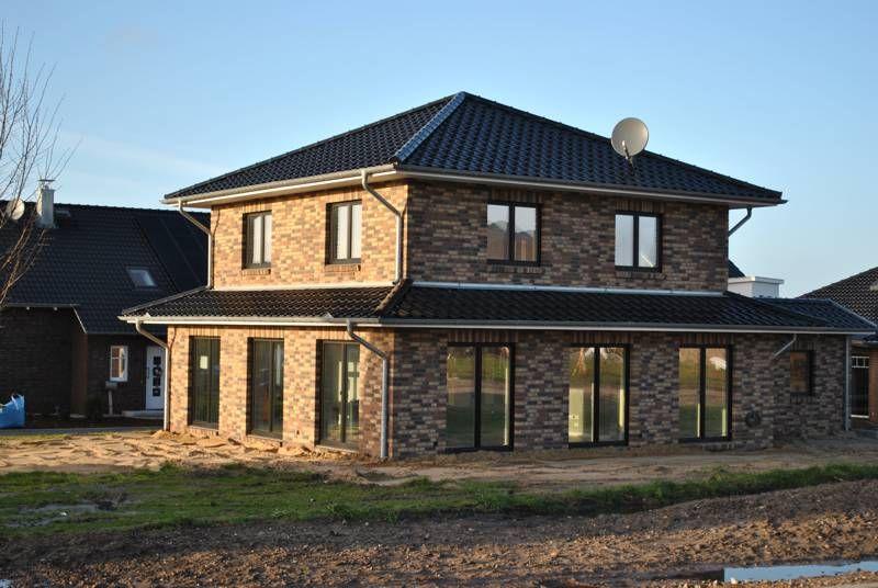 art 155 mediterrane stadtvilla mit ber 150 qm grundriss grundriss einfamilienhaus. Black Bedroom Furniture Sets. Home Design Ideas