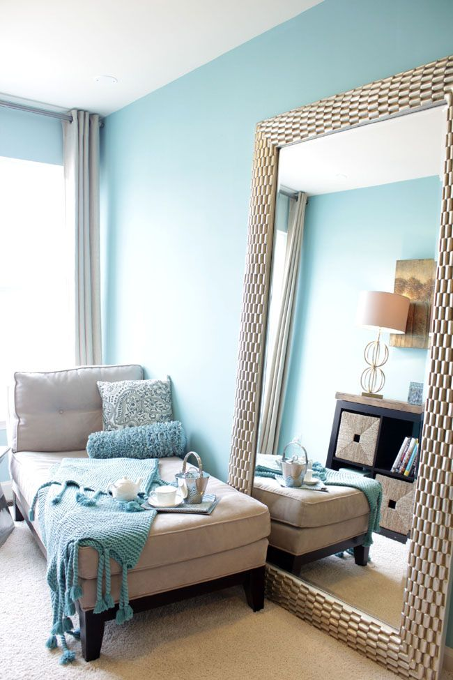 10 easy and economical ways to decorate your home on cozy apartment living room decorating ideas the easy way to look at your living room id=51065