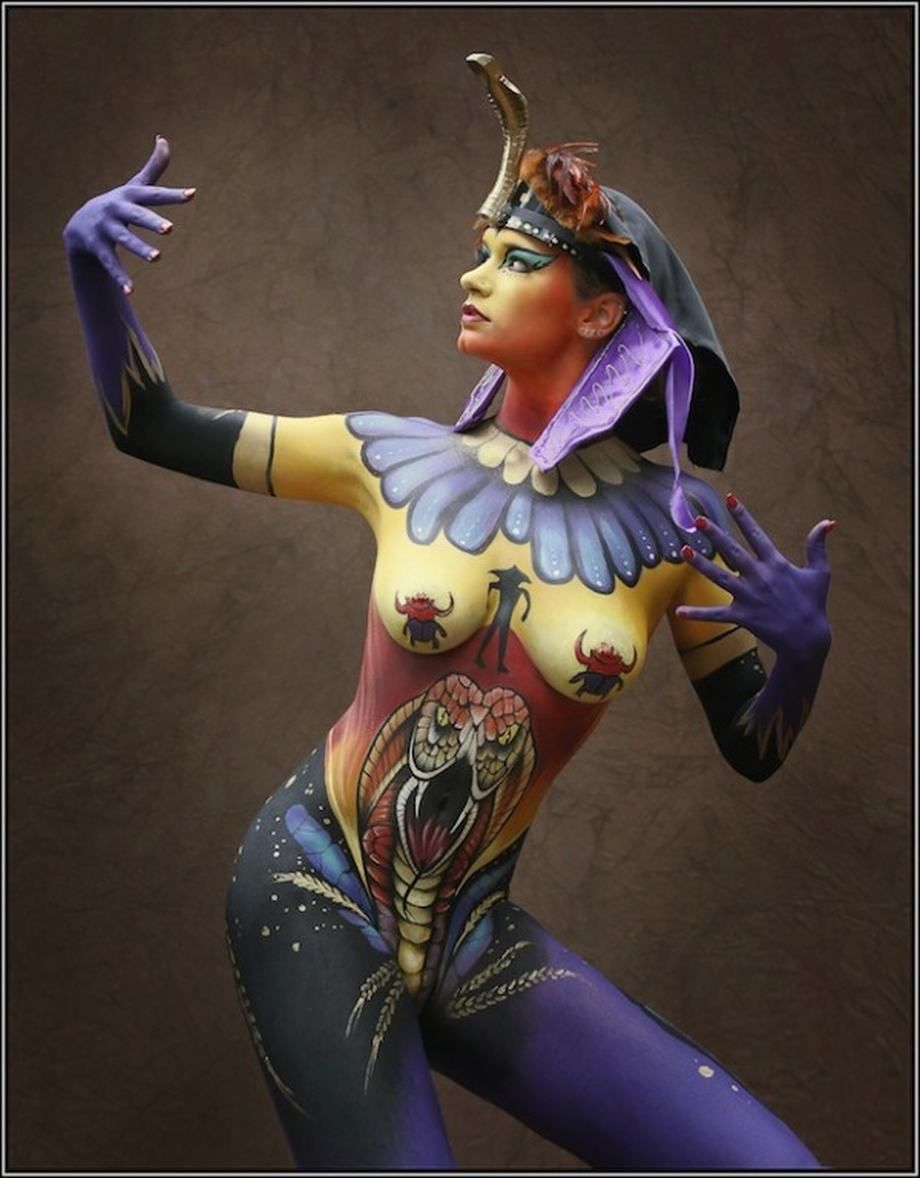 Egyptian body paint-2492