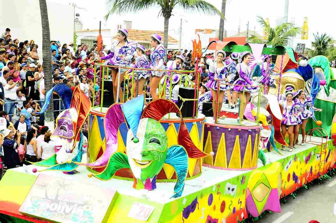 Carroza Desfile Carnaval Carnaval De Veracruz Carrozas De Carnaval Desfile De Carnaval