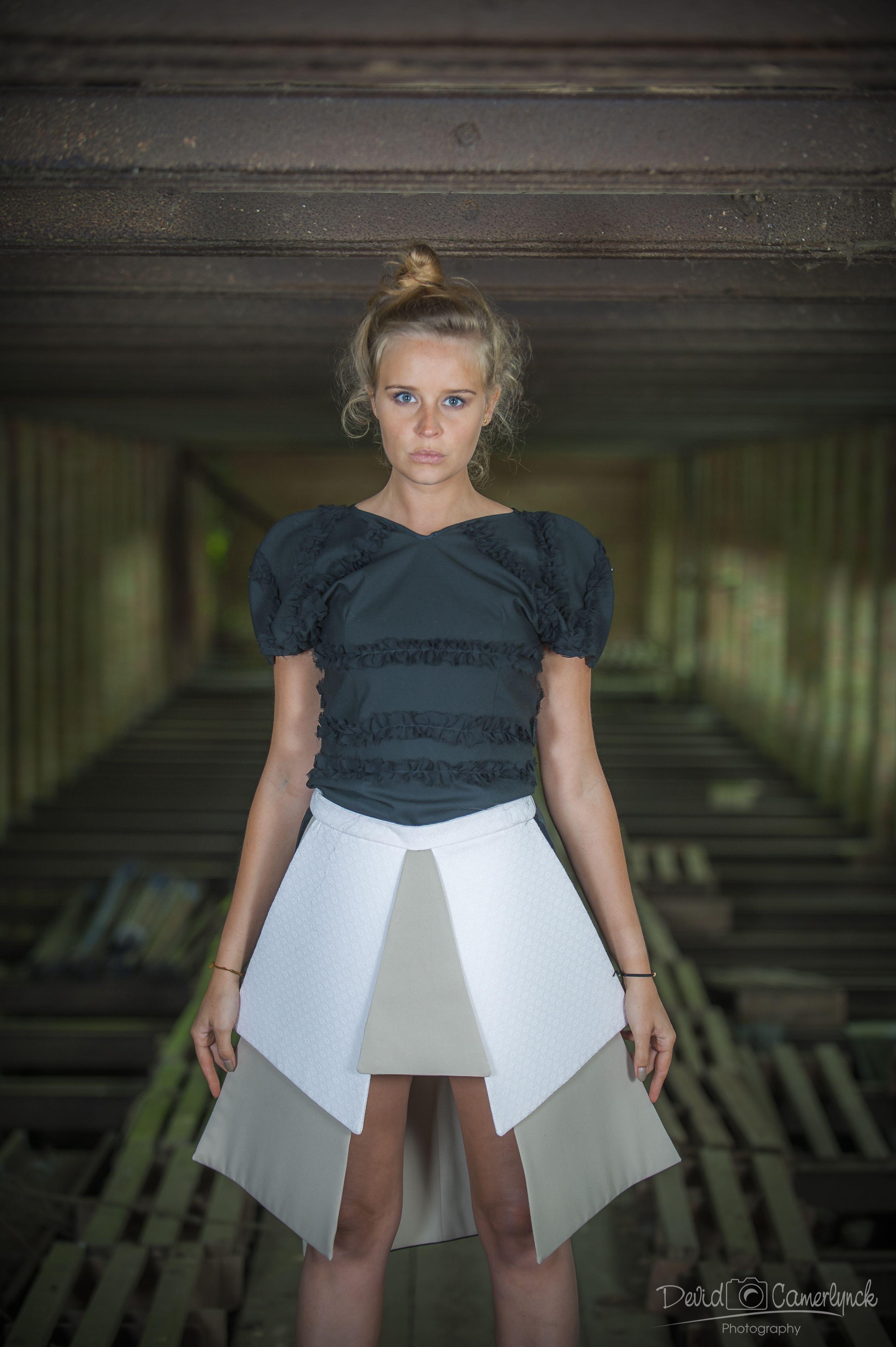 Eindcollectie opleiding Modevormgever 2013-2014 #syntrawest Ontwerp: Tine Gallez - Foto's: Devid Camerlyck - Peter Reynaerts