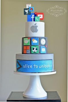 Apple Computer Cake:                                                                                                                                                      More