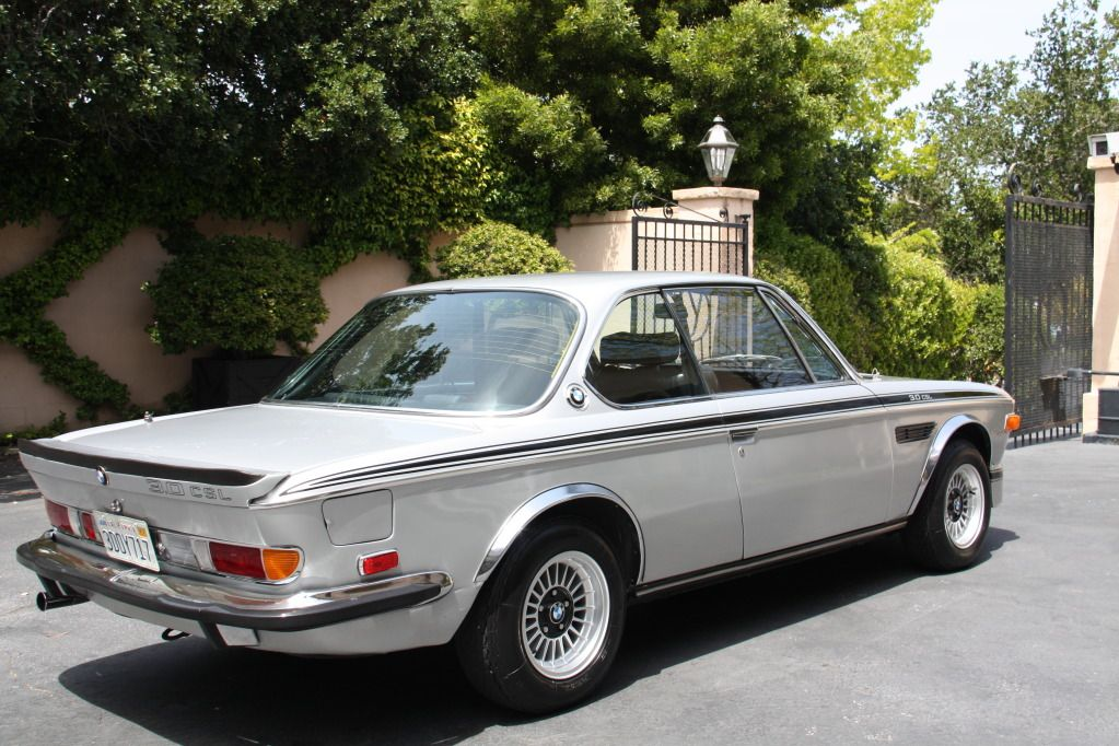 1973 Bmw 3 0 Csl Looking Fine In Silver Bmw Retro Cars Classic