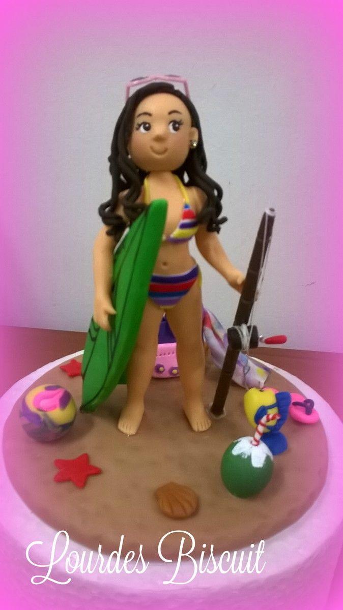 Topo de bolo - Aniversário da Júlia | Lourdes - artesanato em biscuit | Elo7