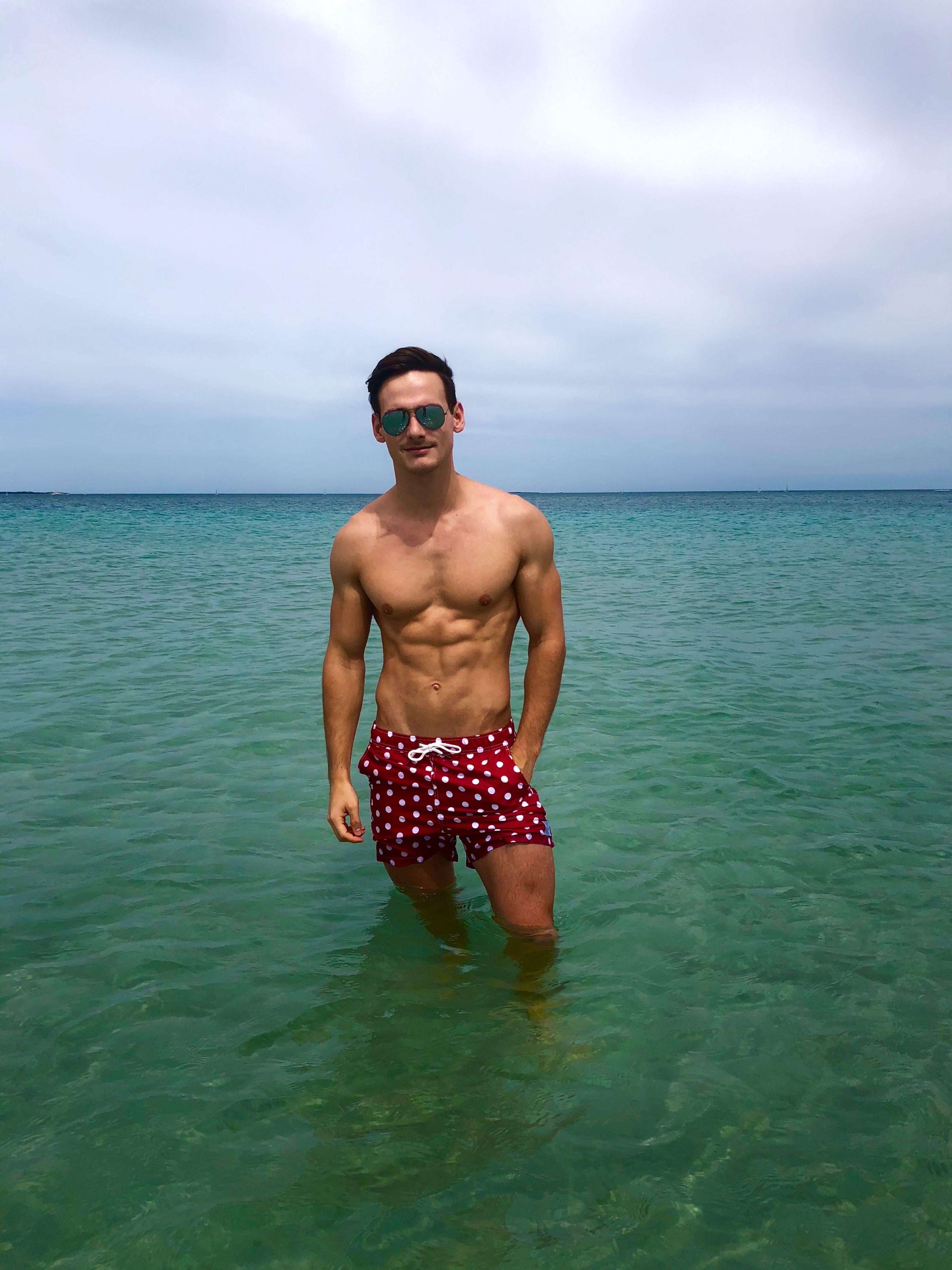 f9f4efe8a1 Vacation Style, Nalu, Swim Trunks, Beachwear, Beach Playsuit, Outfit Beach,