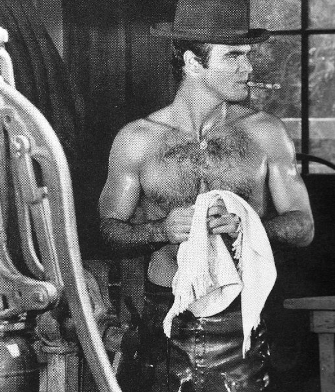 Look at that chest. LOOK AT IT. #hollywoodmen
