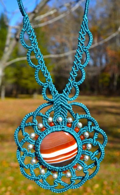 Rumi Sumaq Macrame Necklace with Silver and Agate Stones.
