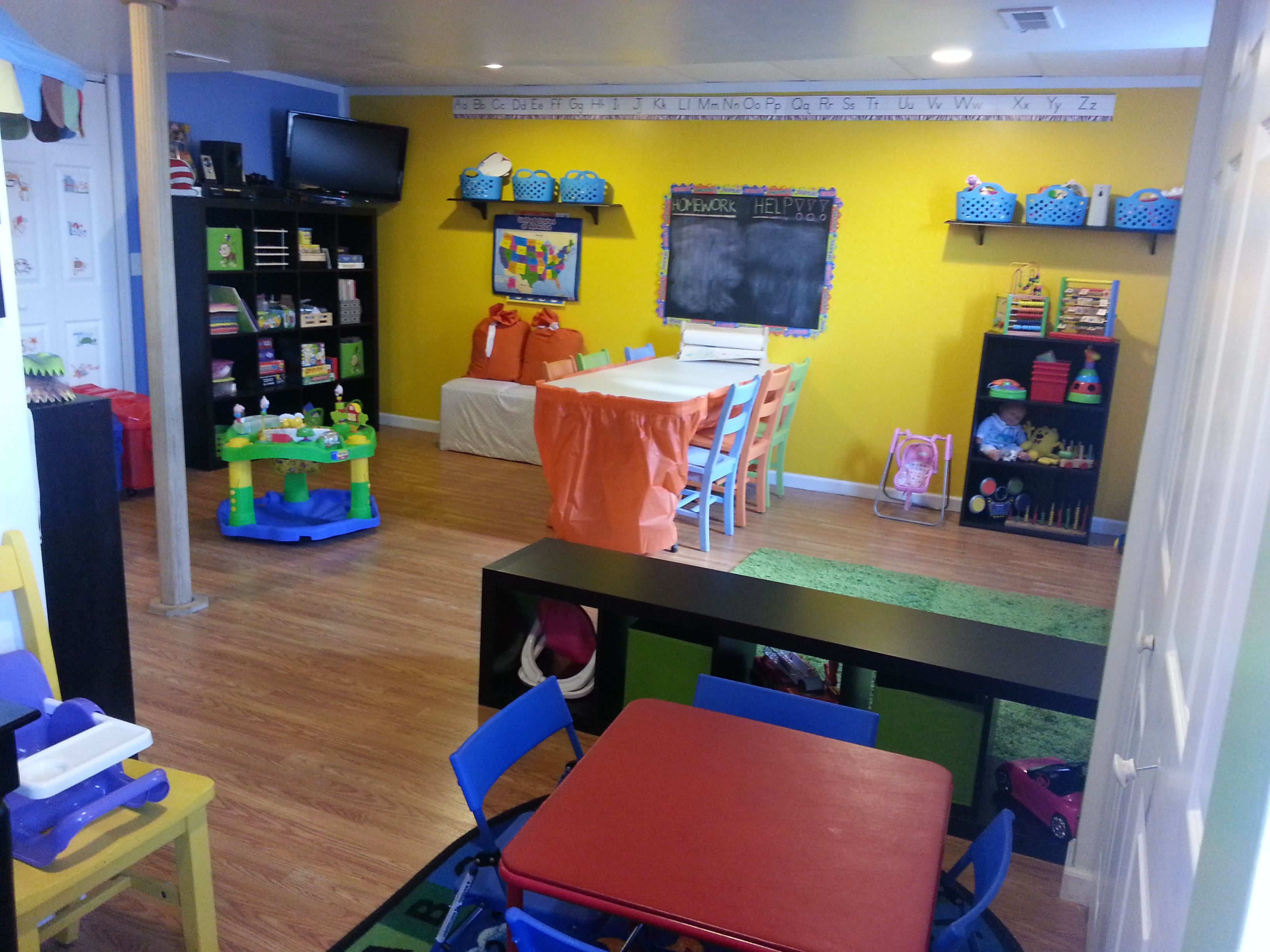 Daycare room setup the hawley house daycare pinterest daycare rooms daycares and bright walls - Daycare room setup ideas ...