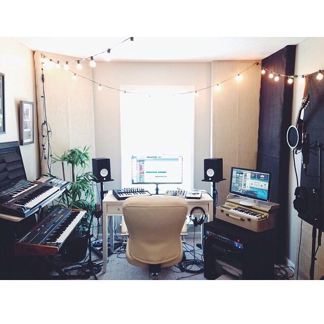 Jon Steingard\'s home studio. | Studio Setups | Pinterest | Studio ...