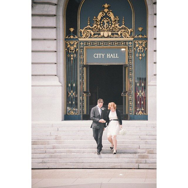 City Hall weddings are my favorite #weddinginspiration #weddingphotography