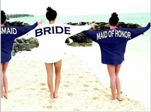 Beach Wedding Groomsmen Bridesmaids Gifts Ideas To Ask