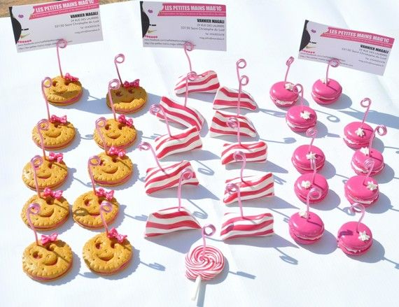 Marque place porte nom ou porte prix cupcake for Deco table gourmandise