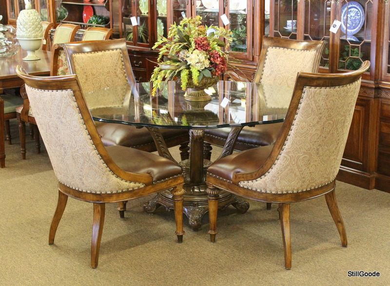 Thomasville Dining Set Consisting Of Round Table With Scalloped Stunning Thomasville Dining Room Table Design Inspiration
