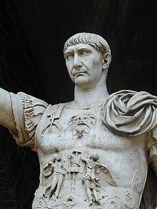 İmparator Trajan'ın mermer heykeli 13. Roma İmparatoru Hüküm süresi28 Ocak 98 - 9 Ağustos 117 Önce gelenNerva Sonra gelenHadrian Eş(leri)Pompeia Plotina HanedanNervan-Antoninler Hanedanı BabasıMarcus Ulpius Traianus AnnesiMarcia Doğum18 Eylül 53 Italica Ölüm9 Ağustos 117 Selinus