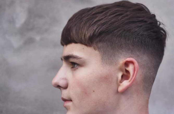 Mid Fade With Straight Short Hair Mens Hairstyles Short Popular Mens Hairstyles Mens Hairstyles