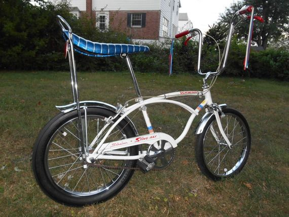 7d4fea44ef8 Schwinn Stingray Bicentennial 3-Speed. Schwinn Stingray Bicentennial 3-Speed  Vintage Schwinn Bikes, Vintage Bicycles ...