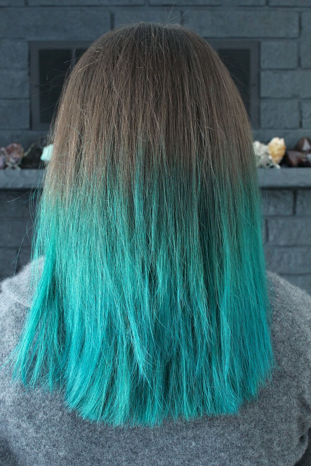 Manic Panic Amplified VooDoo Blue Color // Turquoise Dip