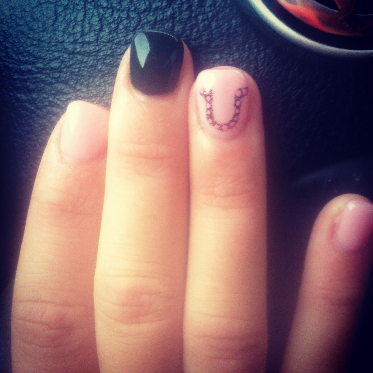 Horseshoe Nails Country Montana Cowgirl With Images Country Nails Horse Nails Nails