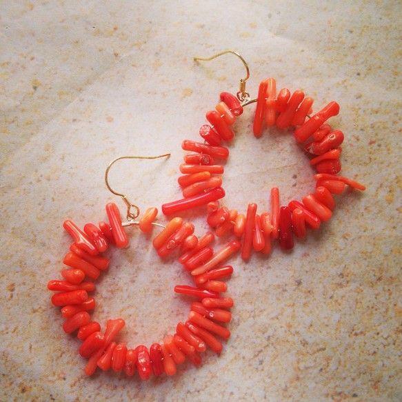 オレンジのサンゴでとびきりビーチシックに!使用パーツ金属、サンゴ|ハンドメイド、手作り、手仕事品の通販・販売・購入ならCreema。