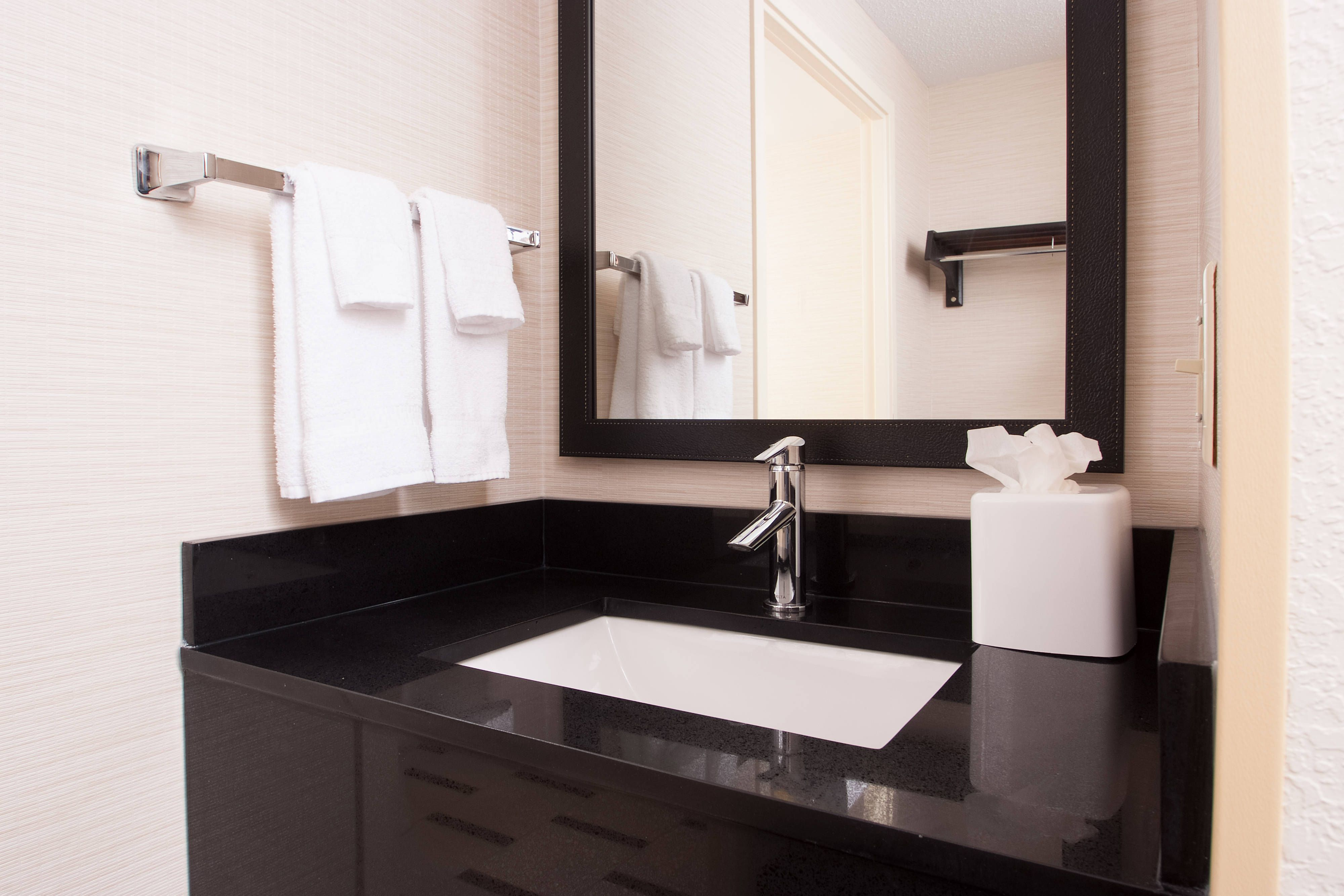Fairfield Inn Greenville Spartanburg Airport Guest Bathroom Vanity