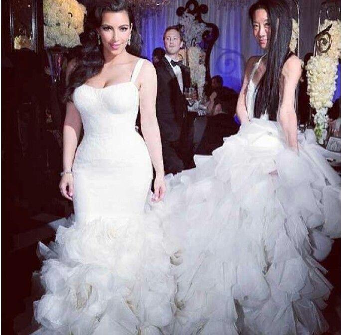 Bomb wedding dress: Kim K ♥♥