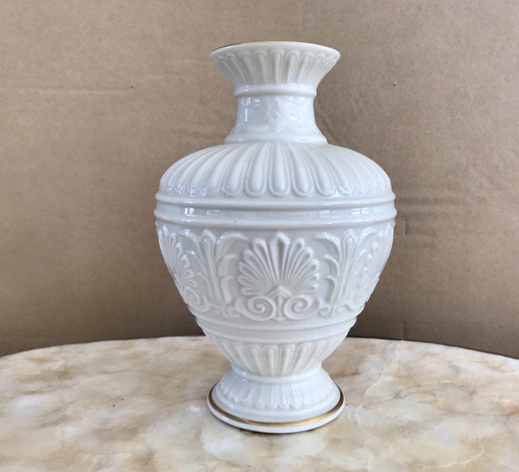 Lenox White Porcelain Athenian 8 1 2 Vase With 24k Gold Trim White Porcelain Vintage Dinnerware Gold Trim