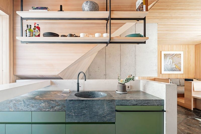 Holzrausch Baut Eine Untypische Scheune In 2020 Holzrausch Kuche Block House