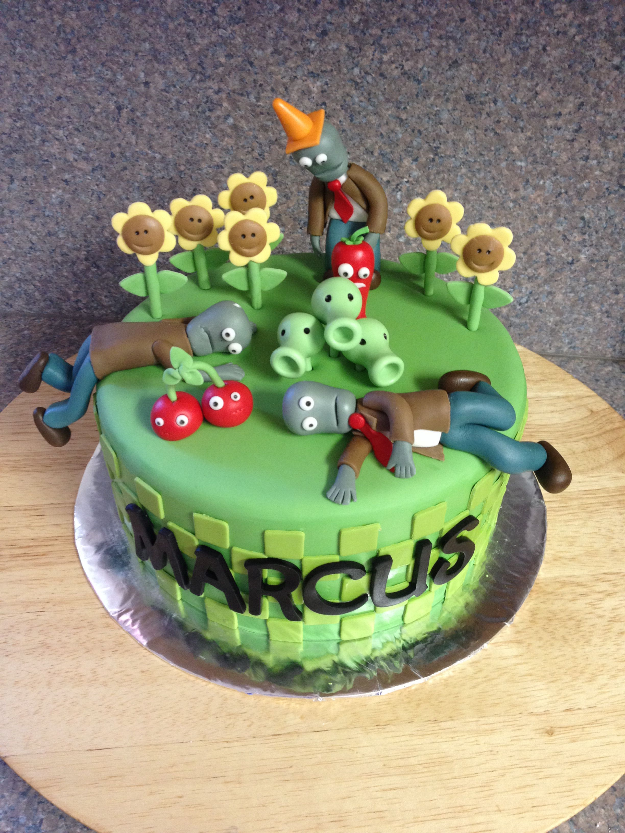 Surprising Plants Vs Zombies Birthday Cake Ideas The Cake Boutique Funny Birthday Cards Online Overcheapnameinfo