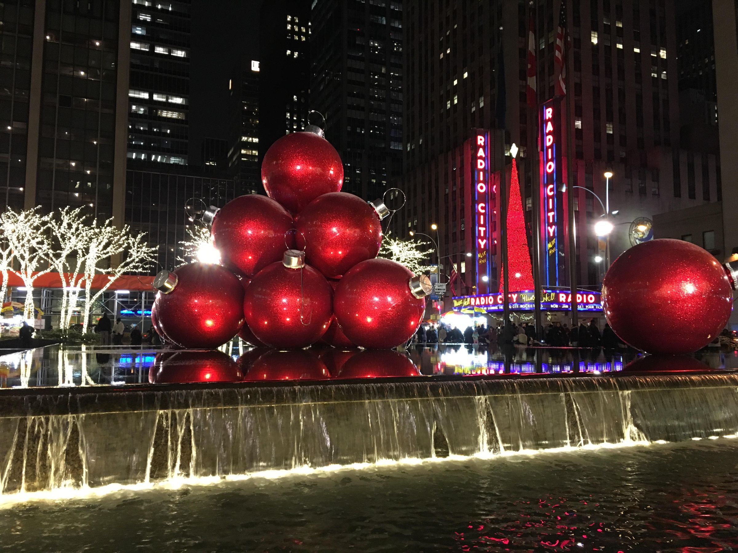 Christmas in #NewYork - Giant Red Ornaments. Things to do in ...