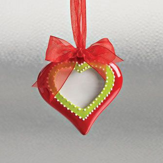 Country Marketplace - Heart Photo Frame Ornament, $7.99 (http://www.countrymarketplaces.com/heart-photo-frame-ornament/)