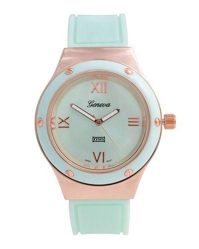 Minty perfect. This cute little watch is so good! $39