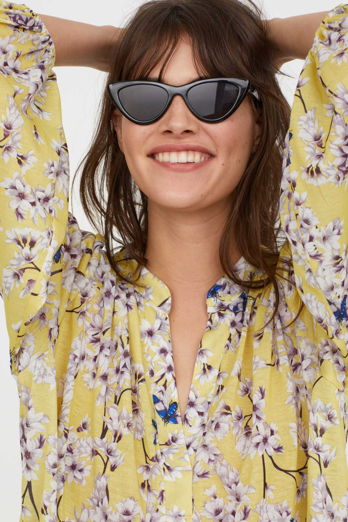 Light yellowfloral anna glover x hum top in jersey with a printed