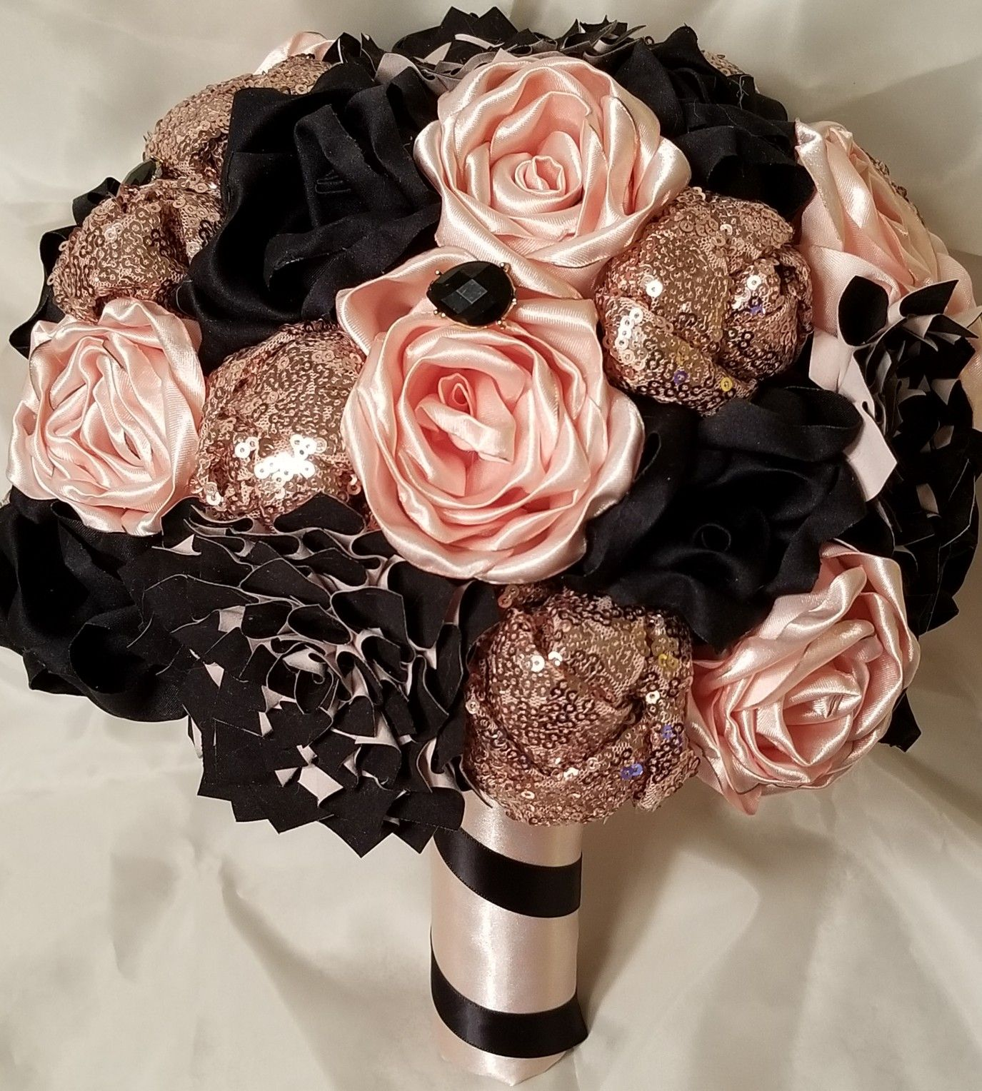 Black Blush And Rosegold Bouquet Rose Gold Bouquet Blush Gold Wedding Gold Wedding Bouquets